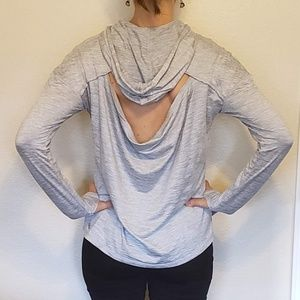 Like New GAIAM Long Sleeve Hooded Shirt